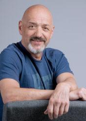 Kurt Frischengruber liest beim Lesungsmarathon am 6.November 2021 um 9.30 Uhr in der Kärntner Buchhandlung Wiesbadener Straße 5, 9020 Klagenfurt.